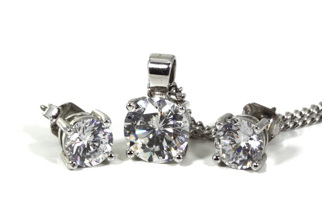jewellery-2043_640